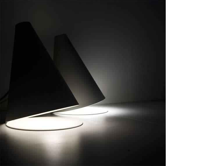 lampada da tavolo palpebra
